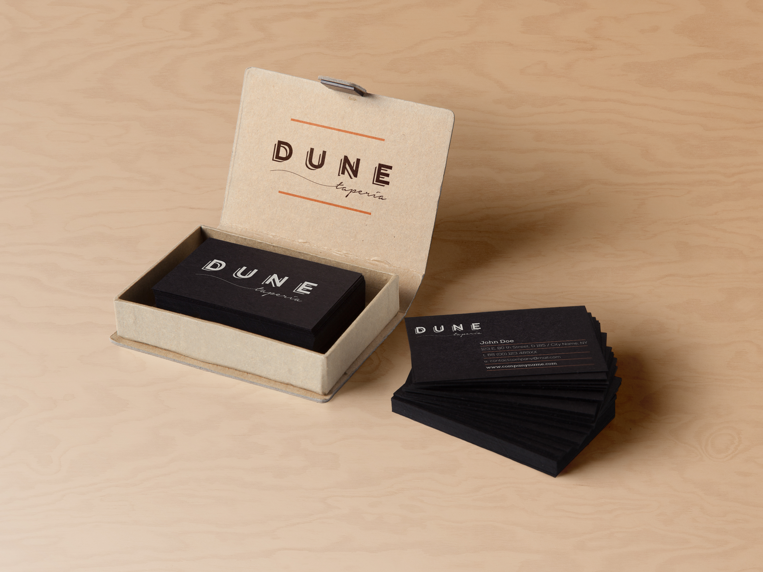 dune_card_mockup